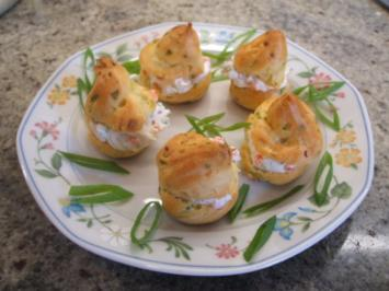 Rezept: Pikantes Backen: Miniwindbeutel mit Kaviar-Füllung