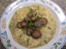 Suppen: Kartoffelsuppe mit Sauerkraut und Bratwurst - Rezept