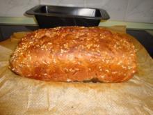 Dinkel-Haferflocken- Möhren Brot - Rezept