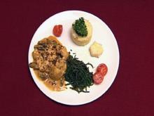 Hähnchengeschnetzeltes mit Champignons und Meeresbohnen mit Ameisen (Micaela Schäfer) - Rezept
