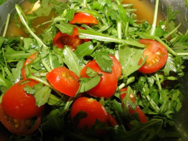Frikadellen mit schwarzem Sesam und Chiliflocken - Rezept - Bild Nr. 7