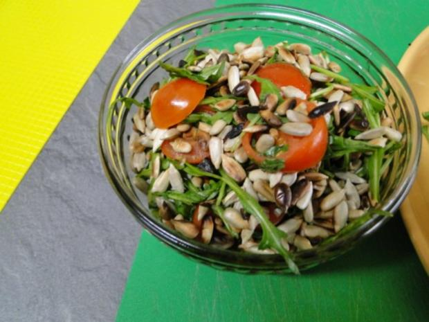 Frikadellen mit schwarzem Sesam und Chiliflocken - Rezept - Bild Nr. 9