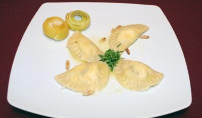 Hausgemachte Ravioli an Zitronenbutter - Rezept