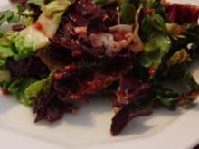 Blattsalate mit Himbeer-Dressing - Rezept