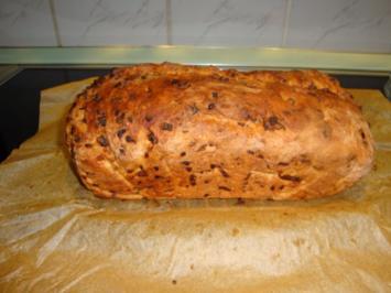 Zwiebel-Schinken-Brot - Rezept