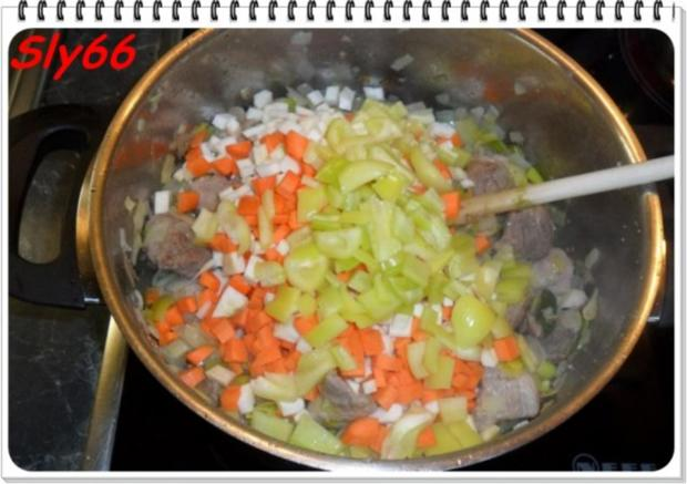 Fleischgerichte:Schweinegulasch - Rezept - Bild Nr. 10