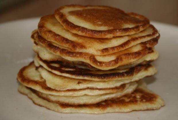 pfannkuchen pancakes rezept mit bild. Black Bedroom Furniture Sets. Home Design Ideas