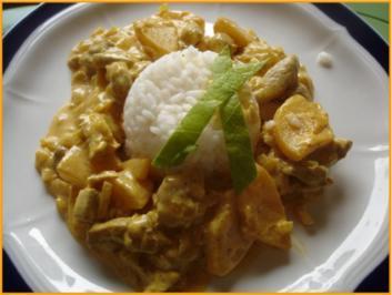 Schweinefilet in Currysauce mit Reis und Blattsalat - Rezept
