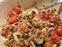 Thunfischsalat mit Sardellen und Chili - Rezept