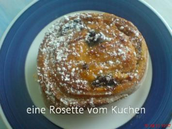 ROSETTEN - HEFEKUCHEN - Rezept