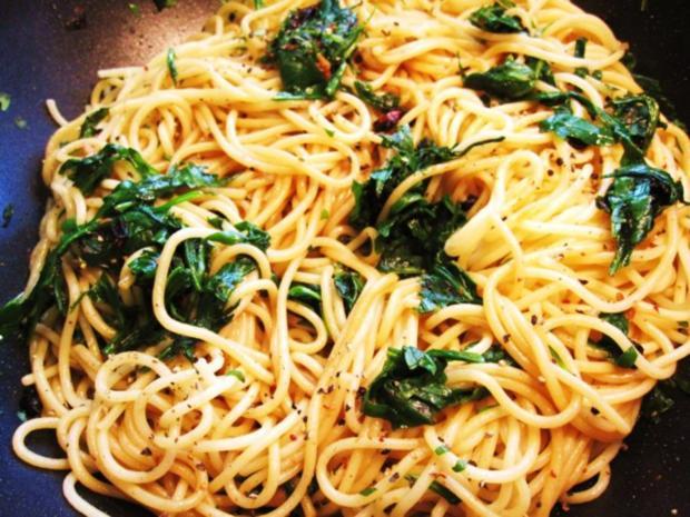 Spaghetti mit Rucola ... - Rezept - Bild Nr. 6