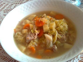 Gemüsesuppe mit Rindfleisch und Wirsing - Rezept