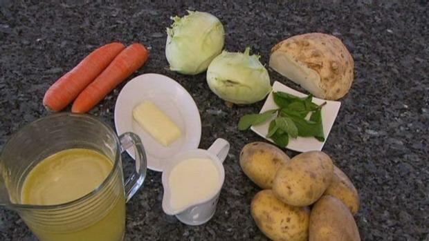 Geschmorte Lammschulter aus dem Römertopf mit Schmorgemüse und Rahmwirsing - Rezept - Bild Nr. 3