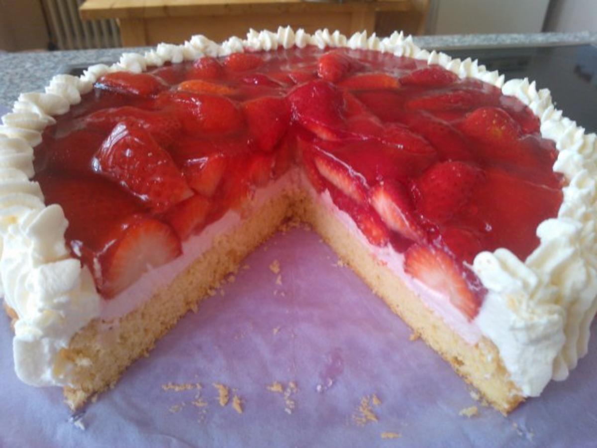 Kuchen gefrorene erdbeeren