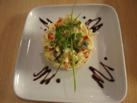 fein marinierter Nudel Salat - Rezept