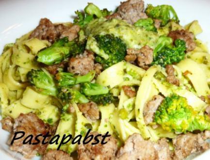 Tagliatelle mit Broccoli Pesto - Rezept