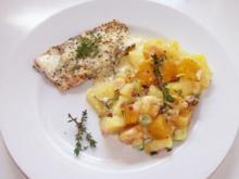 Wildlachsfilets mit Kürbis-Kartoffel-Auflauf in Thymiansahne - Rezept