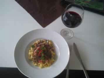 Filet / Kalbsmedaillons mit Pilzen auf Bandnudeln - Rezept