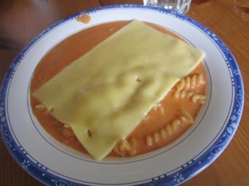 Nudeln mit Thunfisch - Tomaten - Sahne Soße - Rezept