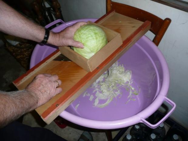 Sauerkraut einschneiden ( selber herstellen) !! - Rezept - Bild Nr. 3