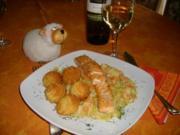 Lachs auf Porree-Gemüse-Bett>> - Rezept