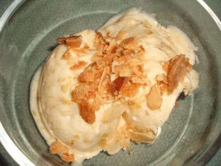 Dessert: Rhabarber-Eis - Rezept