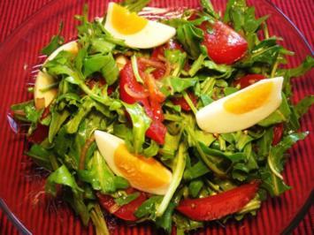 Rucola-Salat mit Tomaten und Ei - Rezept
