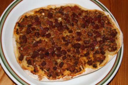 Lahmacun Türkische Pizza (scharf) - Rezept