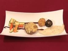 Rinderfilet mit Wasabikruste, Sesamkrampfen und Gemüse (Vanessa Jung) - Rezept