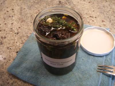 Vorrat: Getrocknete Tomaten, eingelegt in Olivenöl - Rezept