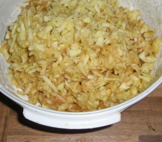 "Apfelkuchen nach ""Großmutter Art"" - Rezept - Bild Nr. 5"
