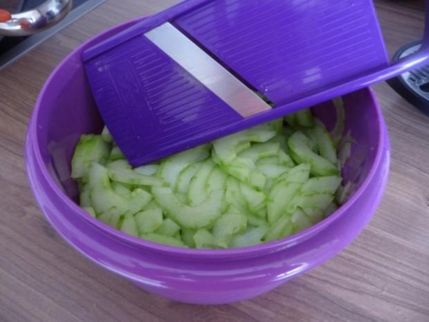 Salat : schneller Gurkensalat - Rezept - Bild Nr. 5