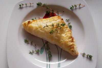 Vorspeise/Snack: Blätterteigtaschen mit Ziegenkäse und Weintrauben - Rezept