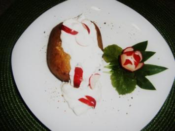 Folienkartoffeln mit Radieschen -Bärlauchquark - Rezept