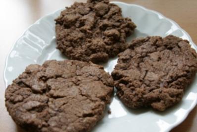 double chocolate cookies echte schokoladen kekse rezept. Black Bedroom Furniture Sets. Home Design Ideas