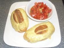 Paprika-Thunfisch-Paste im Brötchen überbacken - Rezept