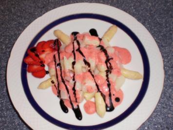 Spargel-Salat mit Erdbeer-French-Dressing - Rezept