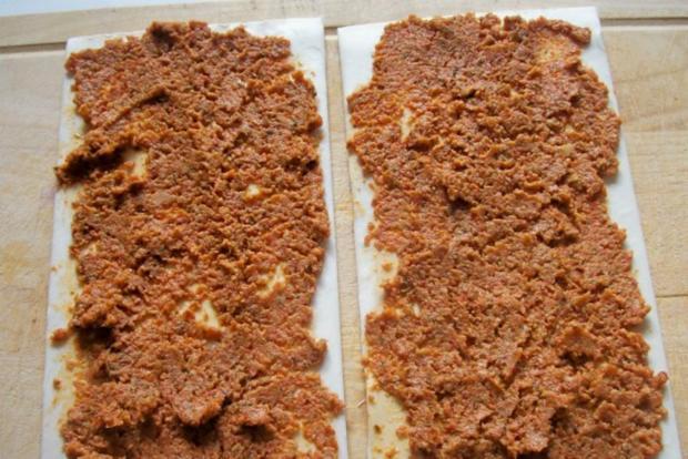 Snack: Mini-Blätterteigschnecken mit Pestokäse und Tomaten - Rezept - Bild Nr. 5