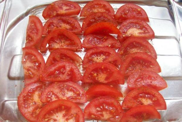 "Schichtsalat ""Tomate-Mozzarella"" mit Honig-Balsamico-Dressing - Rezept - Bild Nr. 2"