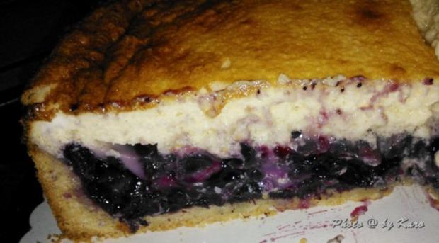 Kuchen: Heidelbeer Creme fraiche Kuchen auf knusprigem Mandelboden - Rezept - Bild Nr. 9