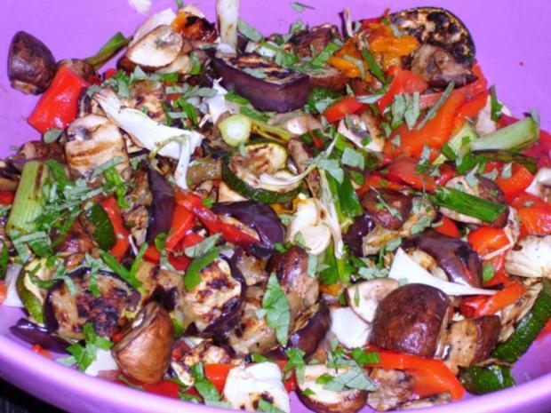 Salat von gegrilltem Gemüse - Rezept - Bild Nr. 10