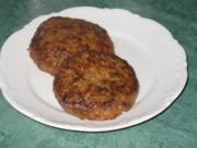 Fleisch - Ajvar-Burger und Ajvar-Bällchen - Rezept