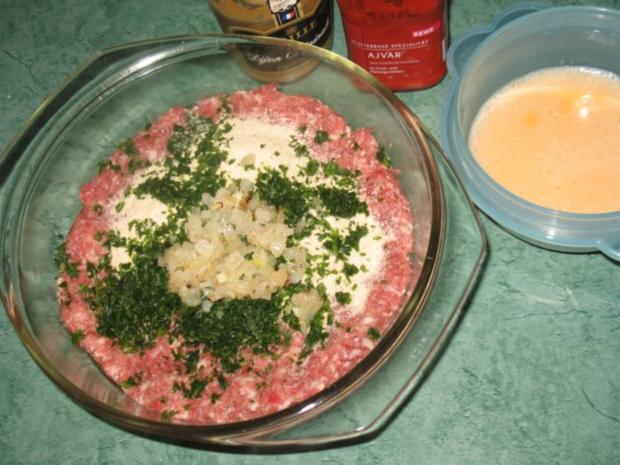 Fleisch - Ajvar-Burger und Ajvar-Bällchen - Rezept - Bild Nr. 2