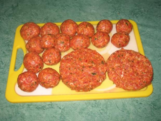 Fleisch - Ajvar-Burger und Ajvar-Bällchen - Rezept - Bild Nr. 7
