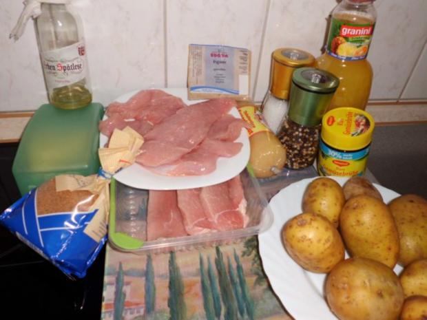 Fleisch: Rolle von Pute & Schwein in Orangen-Ananas-Soße und Kartoffel-Sauerkraut-Stampf - Rezept - Bild Nr. 2