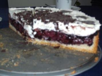 Dornfelder-Kirschkuchen - Rezept