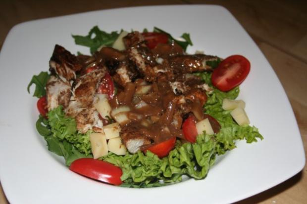 knackiger Salat mit Putenbrustfilet mit Balsamico-Dijon-Senf-Dressing - Rezept - Bild Nr. 2
