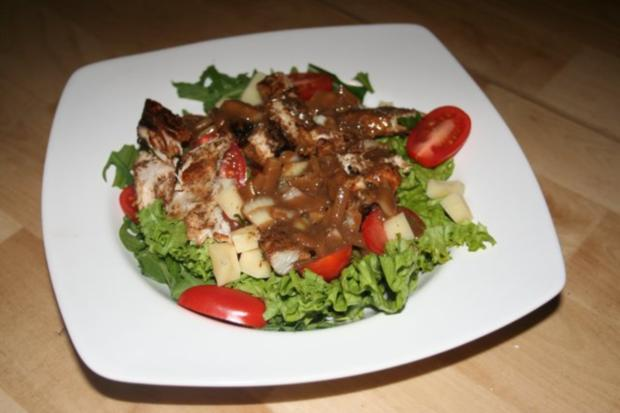 knackiger Salat mit Putenbrustfilet mit Balsamico-Dijon-Senf-Dressing - Rezept - Bild Nr. 3