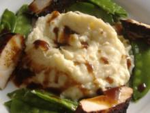 """Hähnchenbrust """" Asia """"mit Kokos-Kartoffelpüree und Zuckerschoten - Rezept"""