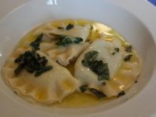 Pasta: Schlutzkrapfen mit Salbeibutter - Rezept